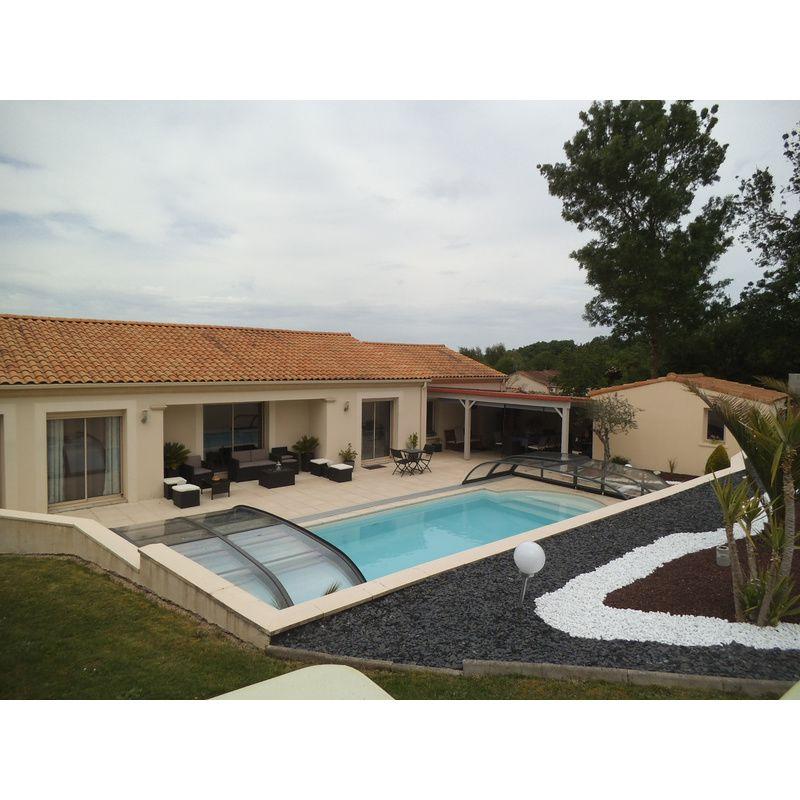 abri de piscine bas biarritz c kitabripiscine. Black Bedroom Furniture Sets. Home Design Ideas