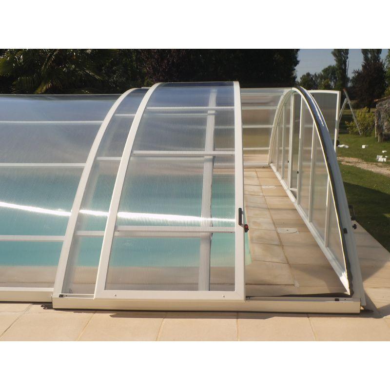 Abri de piscine bas olonne c kitabripiscine for Abri piscine telescopique sans rail